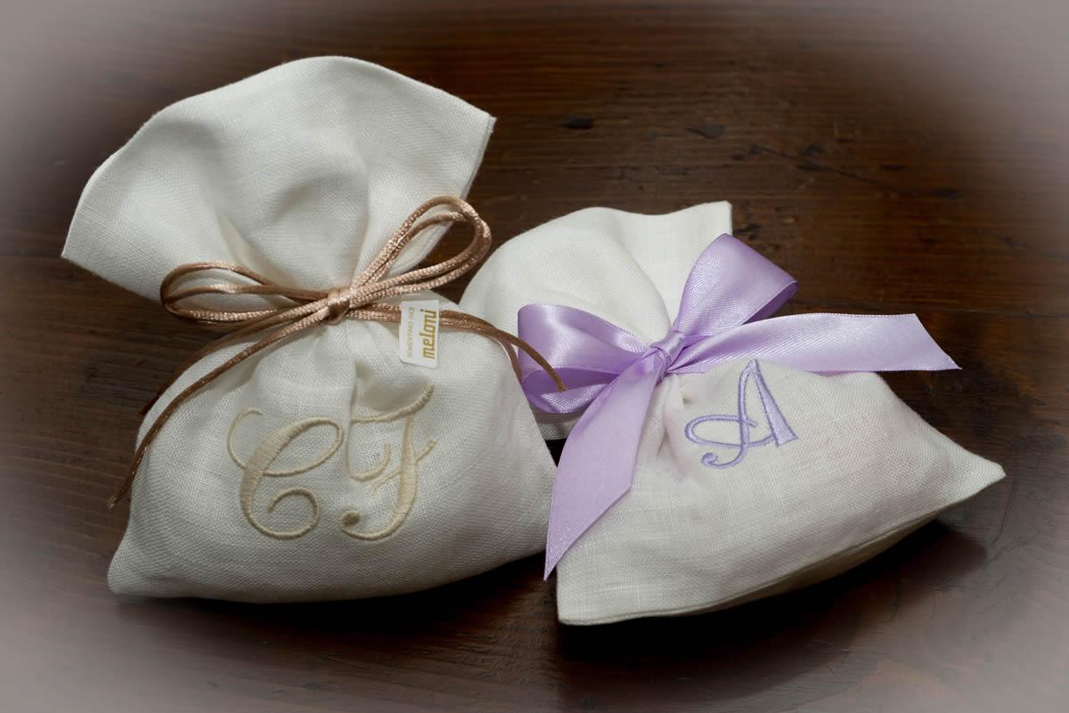 Bomboniere Matrimonio Novara.Confetti